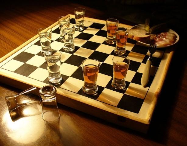 Играть в шашки можно и таким необычным способом